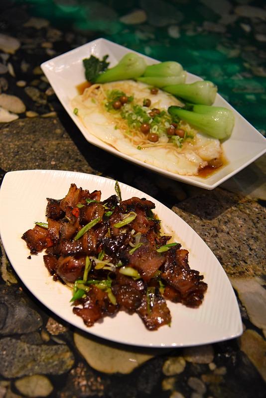ディナーは台湾グルメが中心。どれもその美味しさに一口目から笑顔が生まれます