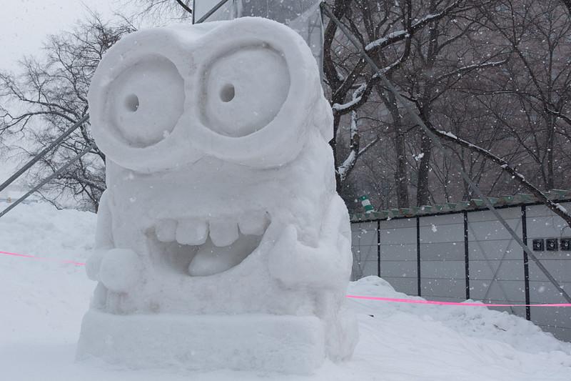 9丁目には各種の雪像が展示されている