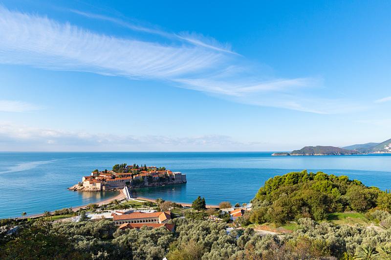 バルカン半島3カ国探訪。今回は美しいアドリア海に面する国、モンテネグロを旅する