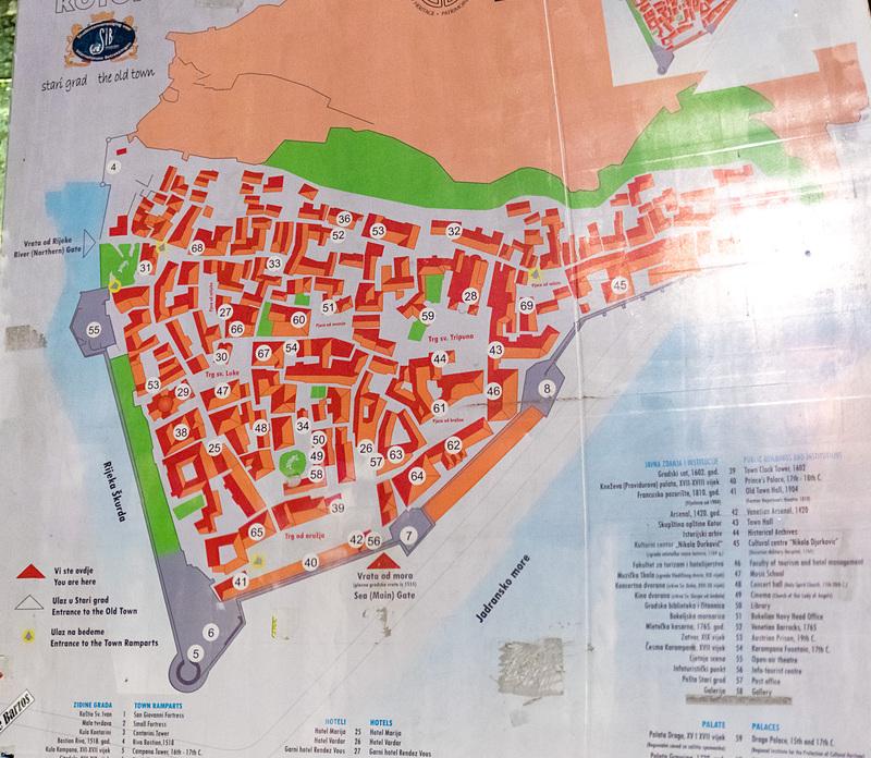 コトル旧市街のマップ。多数の見どころがある