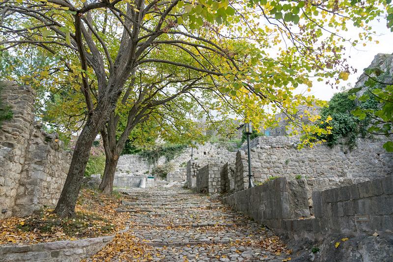 バール旧市街の要塞跡