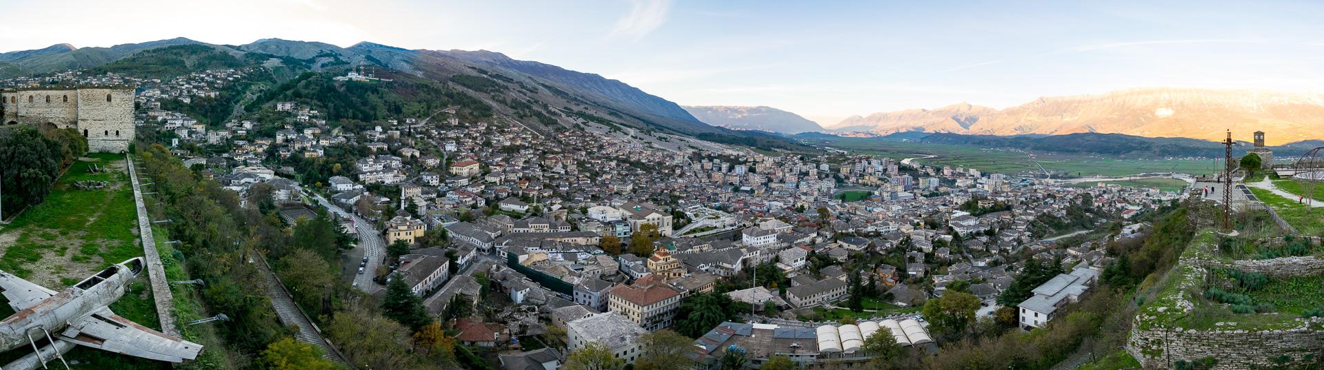 ジオカストラ城からジオカストラの街を鳥瞰