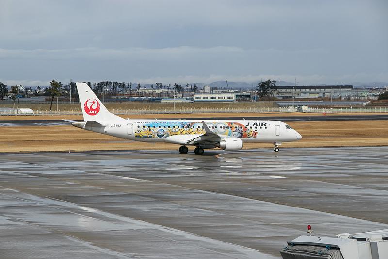 67名を乗せたJL3530便は12時5分にプッシュバックを開始。福岡空港へ飛び立っていった