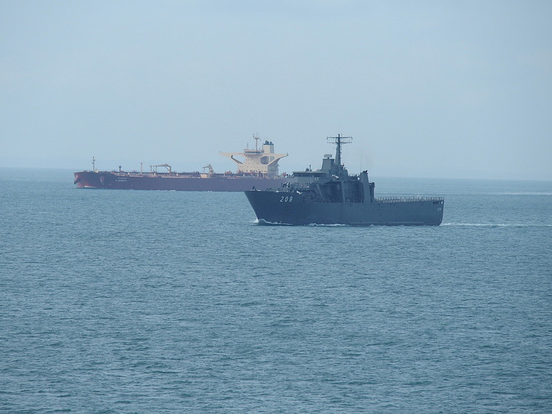 シンガポール海軍のドック型輸送揚陸艦エンデュアランス級の2番艦「パーシスタンス」