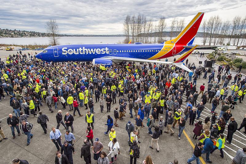 ボーイング 737型機が生産1万機でギネス世界記録に認定された