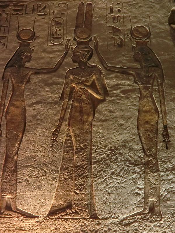 ネフェルタリ王妃と女神たち