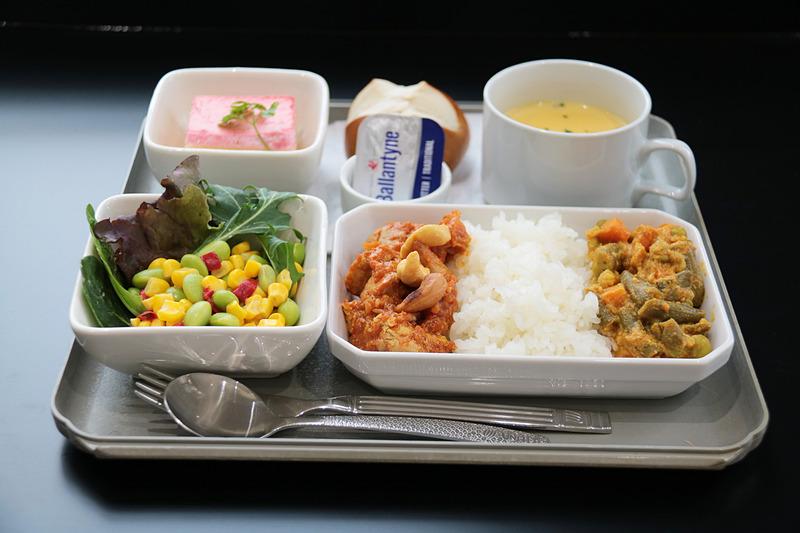 チャーリイズ特製機内食は「ゲートグルメジャパン」の「オリジナルカレー」(1980円)