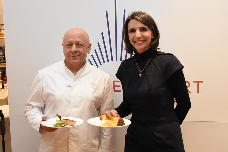パリ空港がレストランなどの拡張予定を説明する発表会を行なった