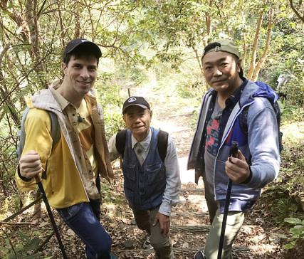 オリジナル番組「パックンマックンのなるほど日本!旅サーチ」で大宜味村(おおぎみそん)のやんばるの森を紹介