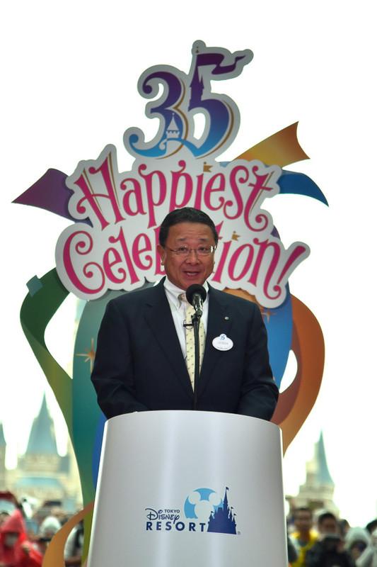 株式会社オリエンタルランド 代表取締役社長兼COO 上西京一郎氏が開幕を宣言