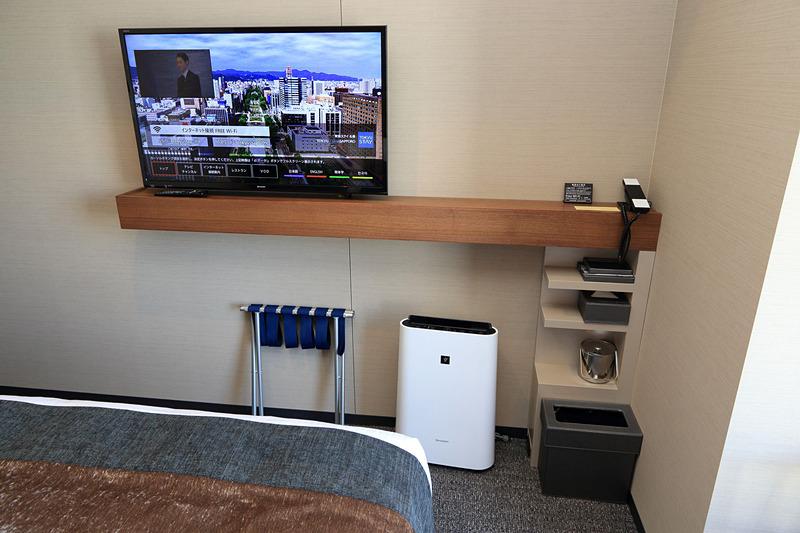 40インチの液晶テレビに加湿空気清浄機
