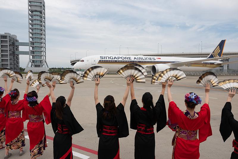 シンガポール航空が、ボーイング 787-10型機の世界初の定期便を関空~シンガポールで運航スタート