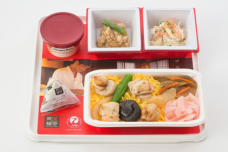 「焼き鳥丼・おろし玉ねぎだれがけ」(8月前半・11月前半提供予定)