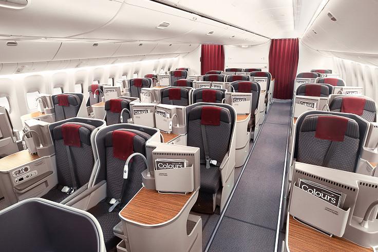 全38席あるビジネスクラスのシートは、互い違いに配置することでどの席からも直接通路に出ることができる「スタッガートシート配列」を採用