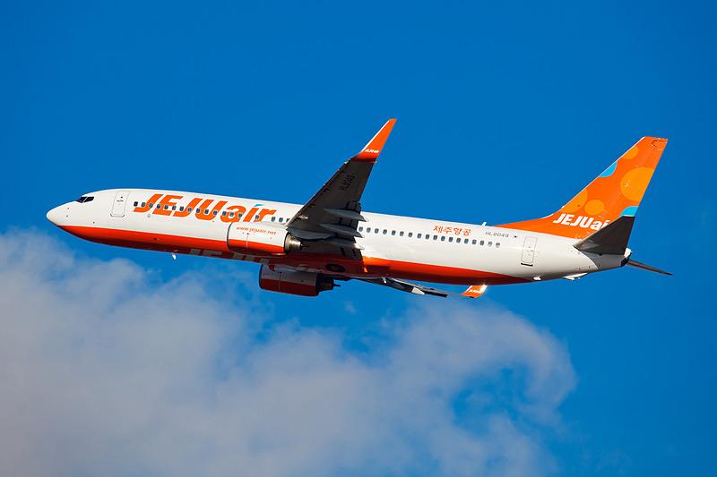 チェジュ航空は7月に関空と韓国・清州、グアムを結ぶ路線に就航するとともに、11月に関空第2ターミナルへ移転することを発表