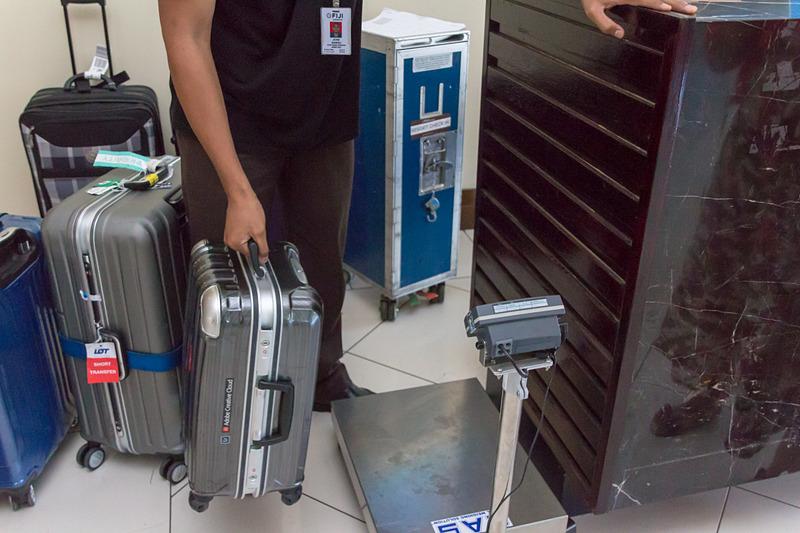 計量システムもあるので手荷物の預け入れもOKだが、空港に送るので時間に余裕を持って預けた方がよい