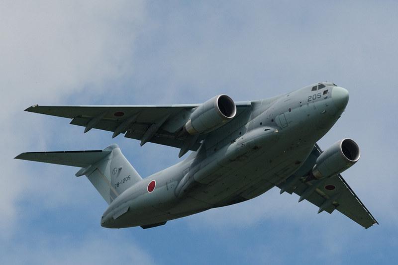川崎重工業製の国産双発ジェット輸送機「C-2」