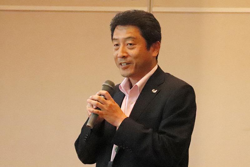 JALなでしこラボ所長の福家智氏から開会のあいさつ