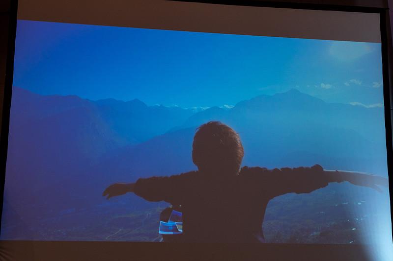 こちらは子供の空想をテーマに、ベトナム全国の主要観光地を紹介するビデオ