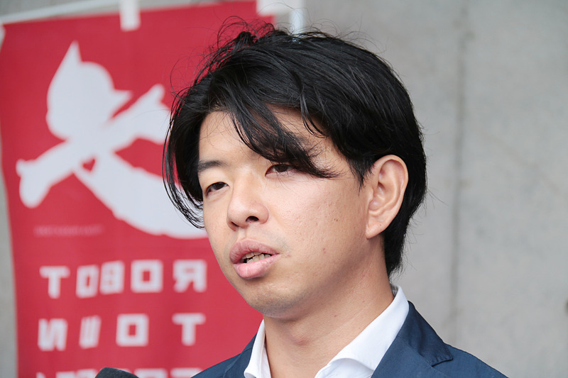 SBドライブ 代表取締役社長兼CEOの佐治友基氏