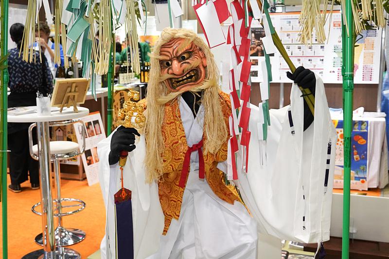 高千穂の夜神楽の「手力雄(たちからお)の舞」人形展示