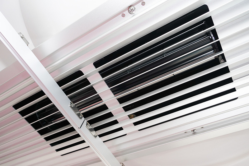 車内空調の能力を従来より約1.4倍にアップしている