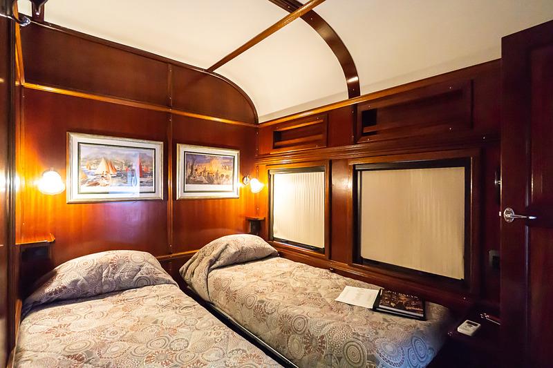 プルマン・スイートの客室。ツインベッドタイプ