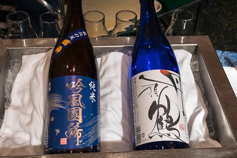 国稀酒造株式会社「純米 吟風国稀」、日本清酒株式会社「千歳鶴 純米 丹頂鶴」