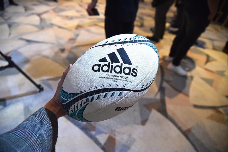 パス&トライ体験で使用されたラグビーボール