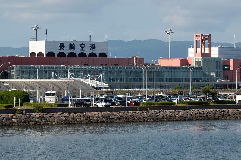「陶器のまちHASAMI号」の就航セレモニーが行なわれた長崎空港