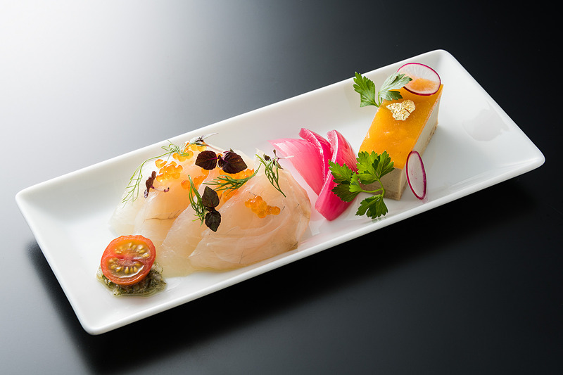 愛媛県産真鯛とフェンネルのサラダ フォアグラとアプリコットのタルト仕立て