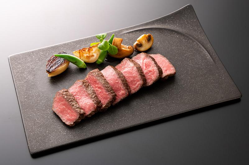 香川県産オリーブ牛ステーキ