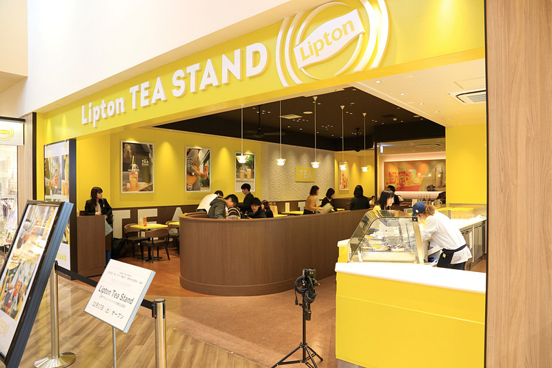 「Lipton TEA STAND」は三井アウトレットパーク札幌北広島2階にオープン