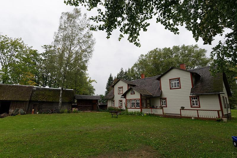 セト地方にあるレストラン「Taarka Tarõ Köögikõnõ」。要予約