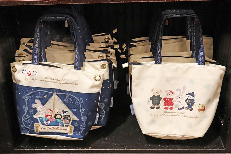 普段使いしやすいデザインの「トートバッグ」(3800円)