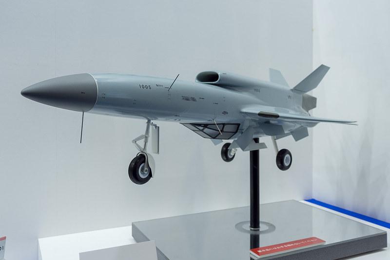 自衛隊向けの研究用無人機のモデルプレーン