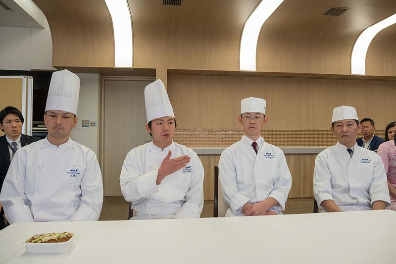 機内食総選挙のメニュー開発に携わったシェフ。左から伊藤謙二郎氏、中嶋裕幸氏、田口公也氏、菊地恭大氏