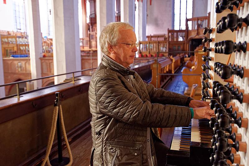 パイプオルガンの演奏もお願いした