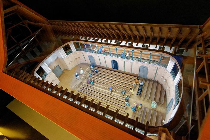1781年に完成したゲヴァントハウスの模型