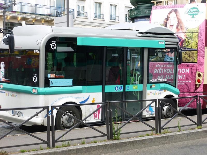 Montmartrobus(モンマルトロビュス)