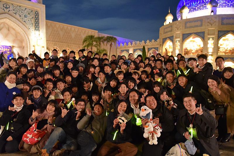 各テーマポートでは記念撮影を楽しむ参加者の姿が見られた