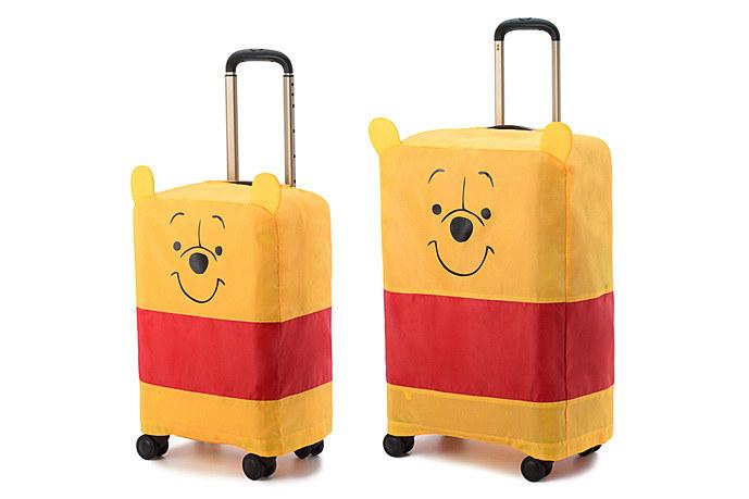 プーさんデザインのスーツーケースカバーも付属