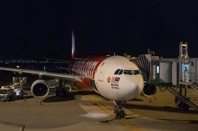台北行き初便の機材。377席仕様のエアバス A330-300型機を使用する