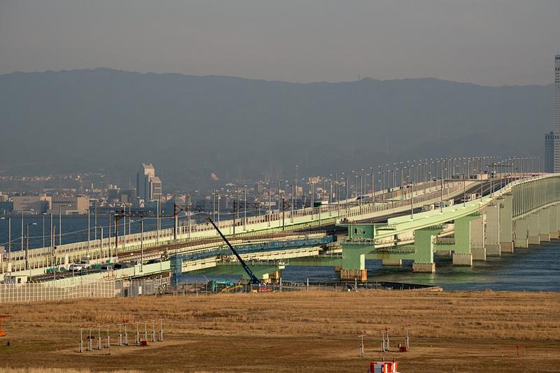 関空連絡橋の損傷部位(2月5日撮影)