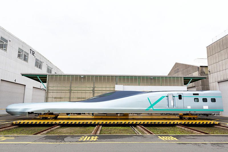 公開されたALFA-Xの10号車