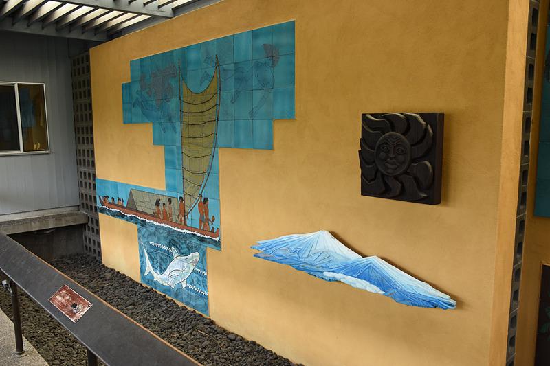 船旅の歴史を表現した壁画