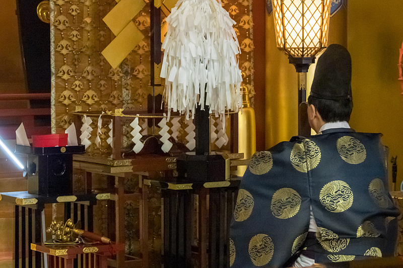 お祓いや祝詞奏上、鈴払い、玉串奉奠と粛々と神事が進められた