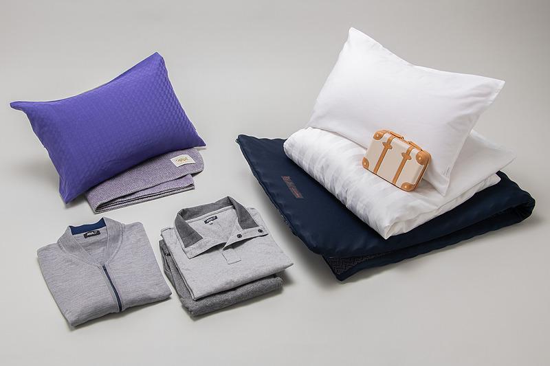 ファーストクラスの新しい寝具/リラックスウェア。