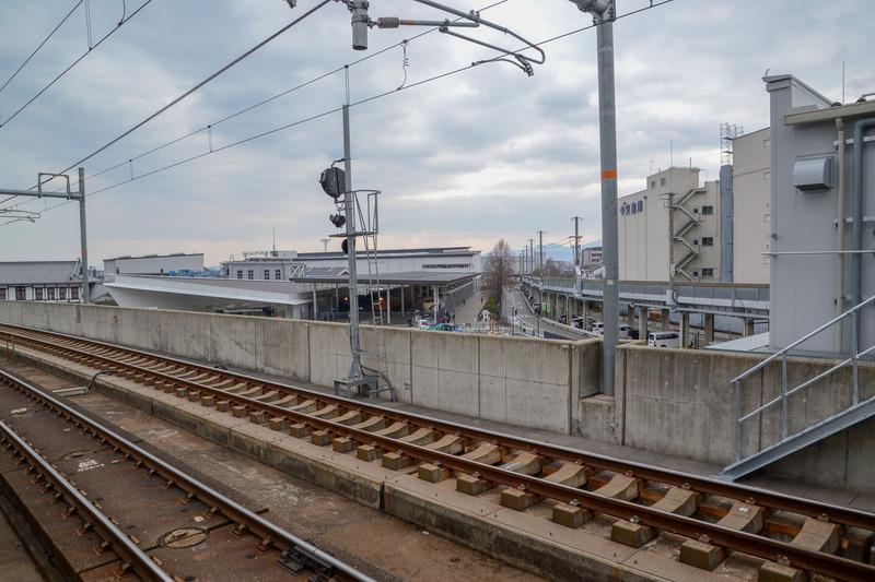エレベータ付近からは京都鉄道博物館が見える