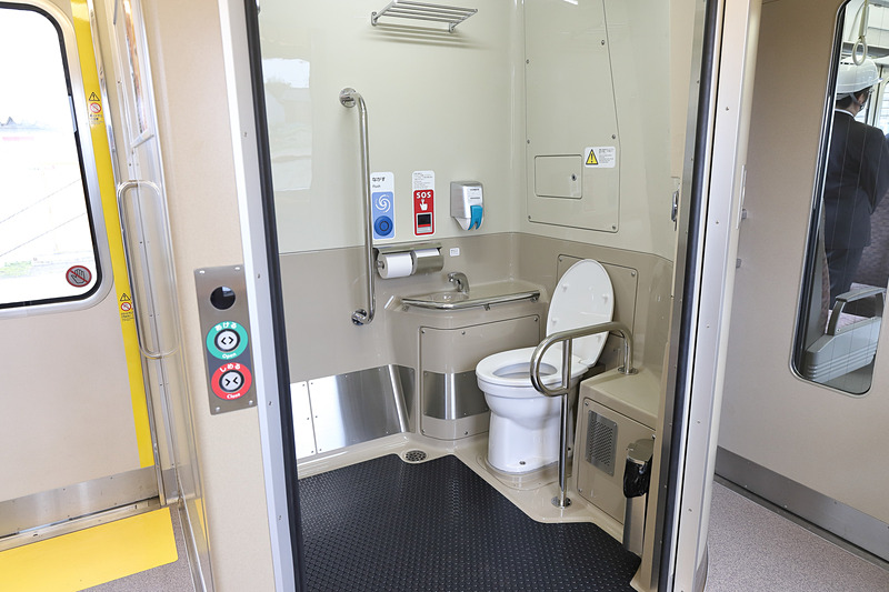 トイレも車いす対応の多機能タイプに生まれ変わった